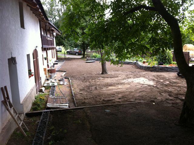 Zahrada_2012_001_01